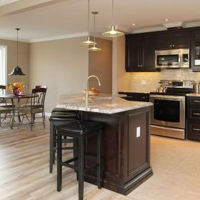 Kitchen Island and Dinette