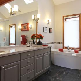 Large Ensuite Bathroom with Soaker Tub