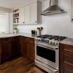 Two Tone Upper and Lower Kitchen Cabinet